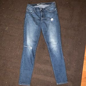 Mid-rise Distressed Jeans